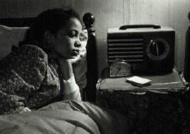 Black_radio_listener